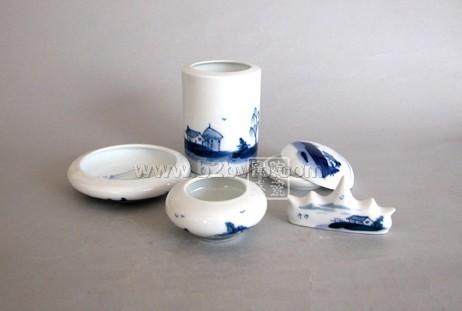 供应景德镇窑盛陶瓷文具、纪念文具、校庆纪念礼品、周年纪念瓷