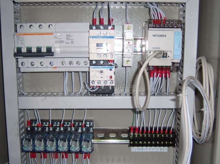 提供非标自动化设备电路电气控制设计服务