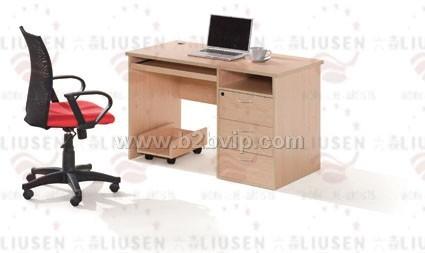 各式讲台,电脑桌等